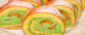びわのロールケーキ