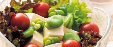 そらまめと豆腐のヘルシーサラダ